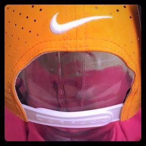 Nike Accessories - 🆕 Nike Golf Adult Unisex Cap